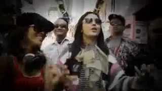 Download Lagu Soimah Feat. Jogja Hip Hop Foundation (Indo.), SuratKhabar Lama & Mawar Berduri (Singapore) mp3