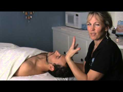 Swedish Massage for the Neck : Swedish Massage