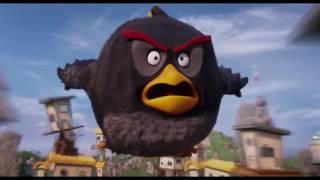 Angry Birds Batalha final ( demi lovato i Will survive )