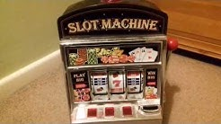 Mini Slot Machine Toy