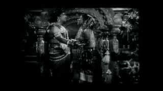 Oru kodiyil - Kanchi thalaivan