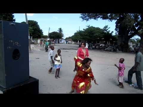 Laura dancing in Dar es Salaam