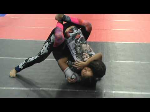 Cora Sek vs 125 lbs Blue Belt woman