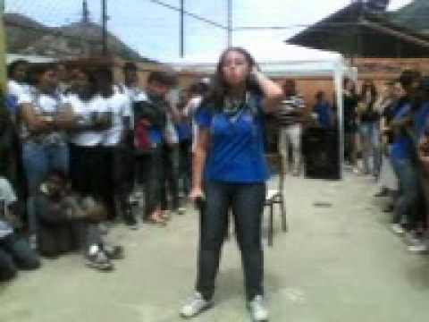 Fernanda Brum- Em meio ao Furacão festividade dos 2012