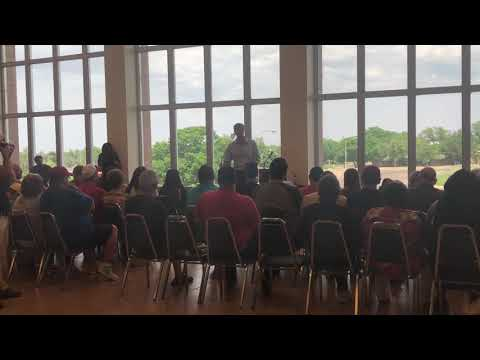 Beto O'Rourke holds town hall in Borger