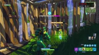 Fortnite Battle Royale squads New stink bomb WORKING ON AIM!!