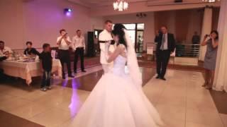 Невеста поет на свадьбе БОЯРОВЫ РОМАН И ТАТЬЯНА