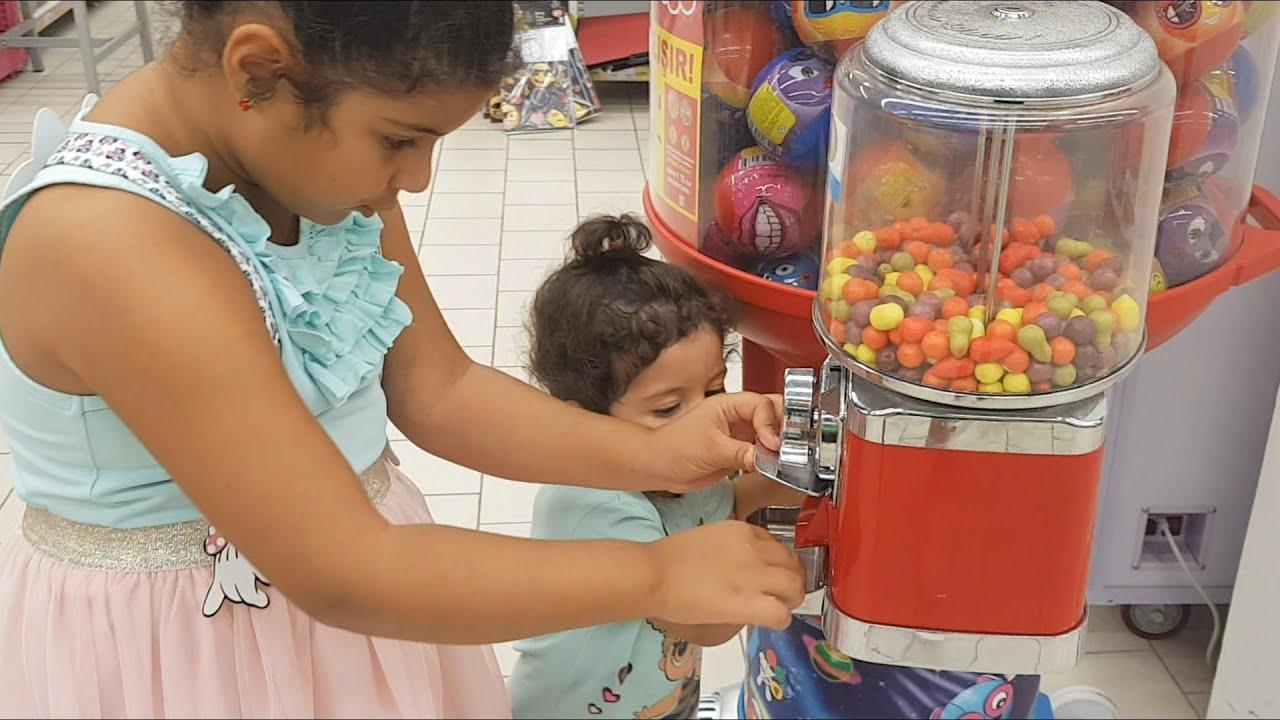 Kocaman Sakız Makinesi Bulduk Yaprak Bebek Sakız Almak İçin Ağladı Eğlence Tv