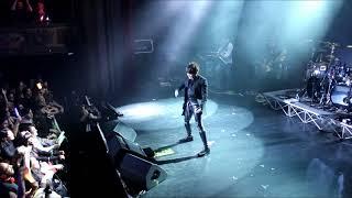 Hello ! Voici un extrait du concert de T.M.Revolution lors de la Ja...