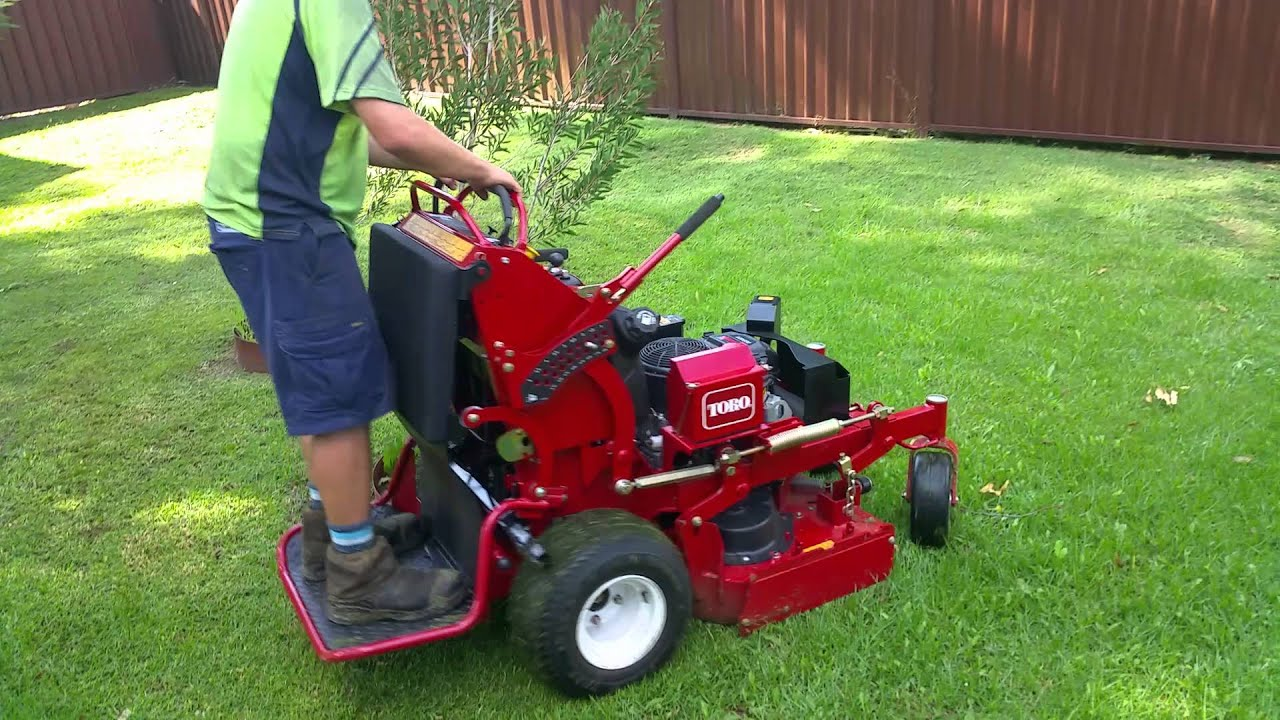 Lawn Mowing North Richmond Nsw Mowing With The Toro