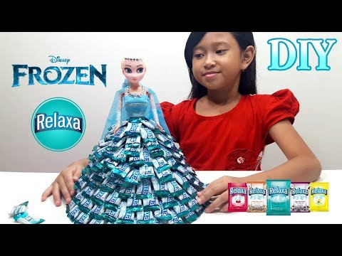 Jessica Membuat Baju Elsa dari Permen RELAXA 💖 Mainan Anak Boneka Frozen Elsa