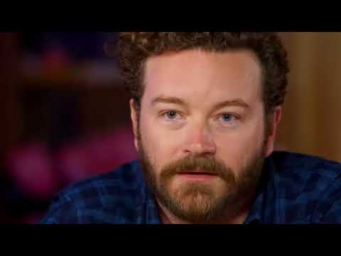 who did danny masterson dating in 2001