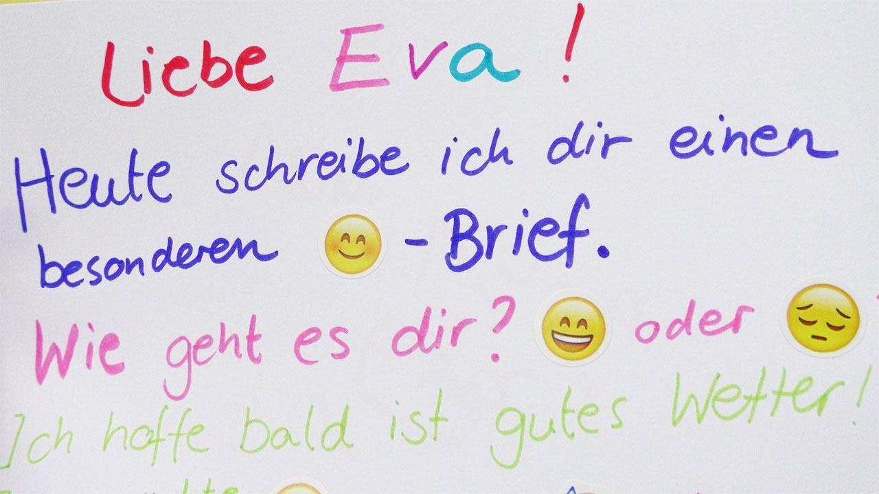 EMOJI BRIEF von Kathi | Eva ließt eine Nachricht mit Emoji Stickern ...
