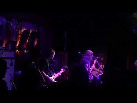 Best Coast - live at Mahall's (Cleveland)