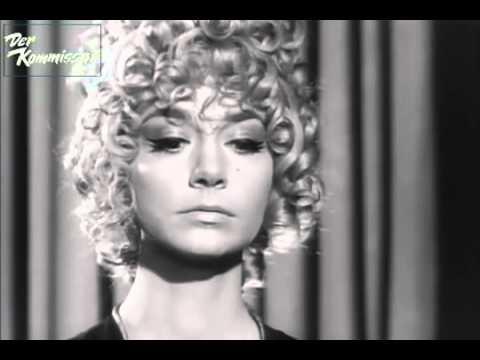 Der Kommissar - Szene von Keiner hörte den Schuß 1969 (Pattie Boyd)