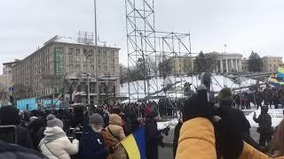 Свалили последнюю конструкцию, где ранее повесили портреты Порошенко Путина | Страна.ua