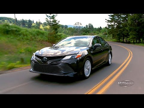 2018 Toyota Camry Hybrid FIRST DRIVE REVIEW (3 of 3)