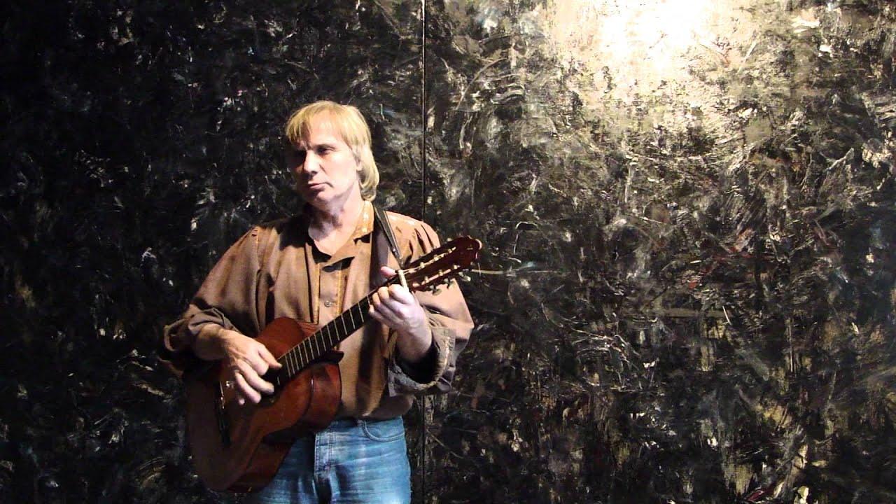 Классно поёт под гитару. Песни Владимира Высоцкого. - YouTube