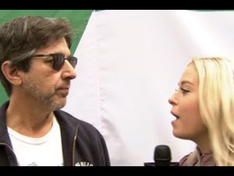 Celebrity 1on1 with Ray Romano