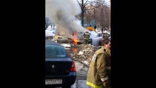 Пожар на парковке в Одинцово(, 2013-02-28T13:30:06.000Z)