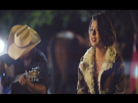 Angela Aguilar – Paloma Negra