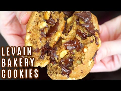 levain-bakery-chocolate-chip-cookies-recipe-|-simple-and-delish-by-canan