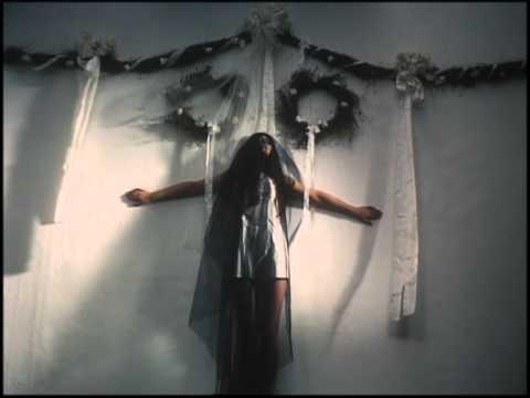 LA Vampires and Zola Jesus - Eulogy