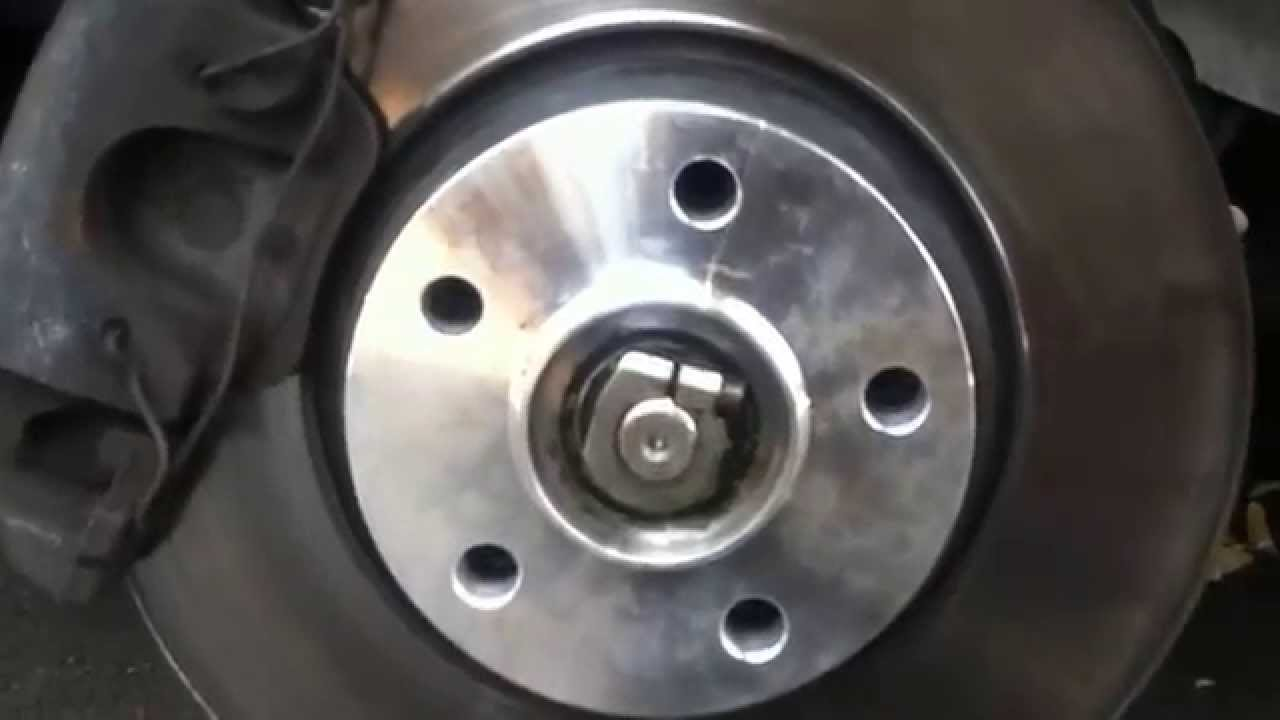 Mercedes w210 e430 amg rims spacers youtube for Wheel spacers for mercedes benz