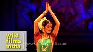 Gambar cover Anandini Dasi performs Odissi dance form in Delhi