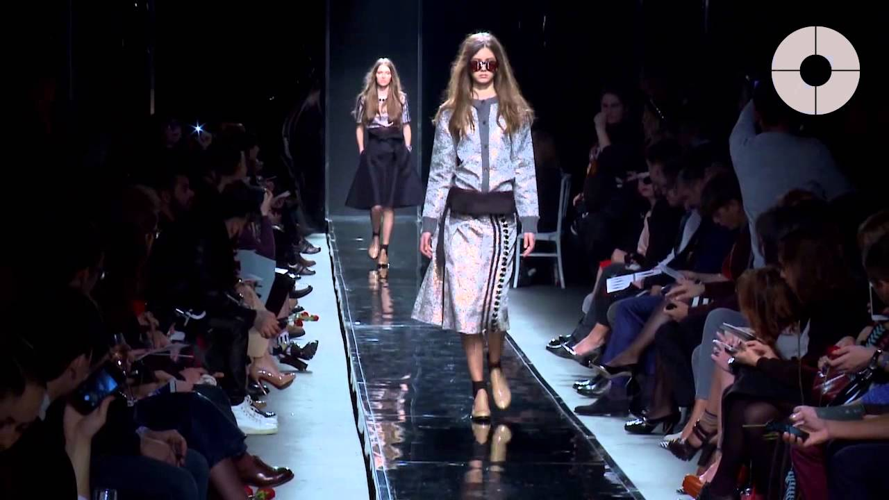 2b2f219dfd6 ЦУМ Fashion Show - YouTube