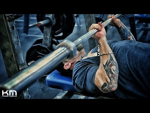 The Close Grip Bench Press | How To Perform It Correctly