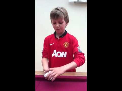 World's worst card trick fail