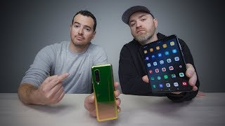 Unbox Therapy and the Galaxy Fold Problem