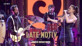 """LATE MOTIV - Leonor Watling y La Banda de Late Motiv. """"Escue..."""