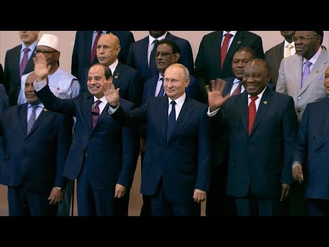 Russia courts African leaders at Russia-Africa summit