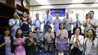 USAID/Vietnam Staff and Partners Express Support for Sign Languages