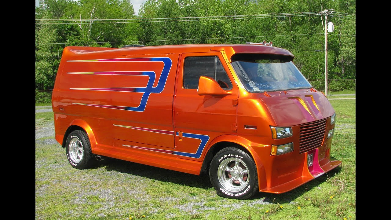 scott 39 s mid ford econoline custom van visions at lost doovi. Black Bedroom Furniture Sets. Home Design Ideas