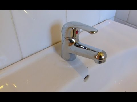 comment installer un mitigeur de lavabo sur tubes en cuivre youtube. Black Bedroom Furniture Sets. Home Design Ideas