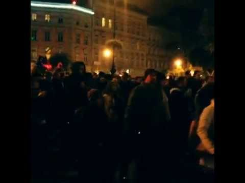 Free Country, Free Internet! Hungarians demonstrate against Internet tax