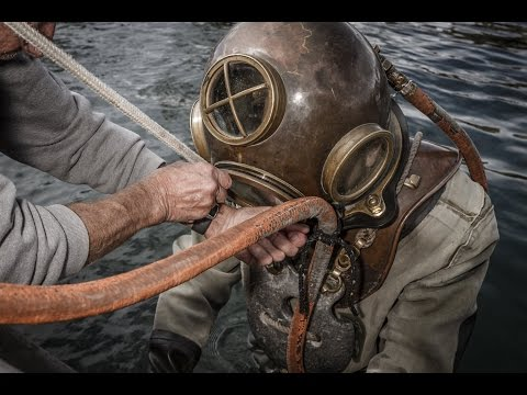 HOW IT WORKS: Old Diving Suit