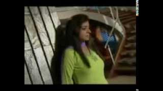 Woh Rehne Waali Mehlon Ki : Song - Itne Hum Door