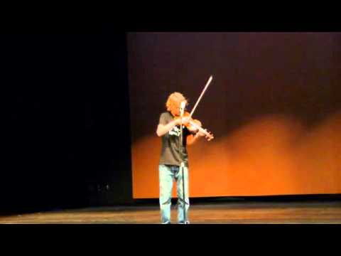 Kid Plays Violin like a Rock Guitar in Stairway to Heaven