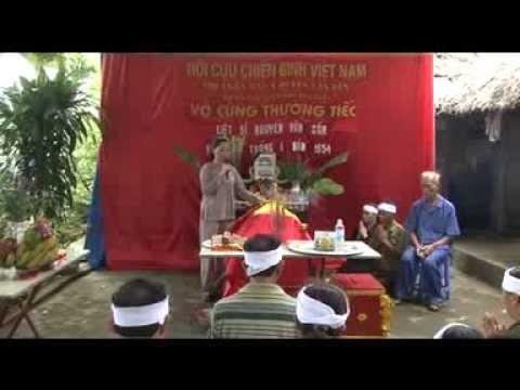 Cô Vũ Thị Hòa tìm mộ liệt sỹ Nguyễn Văn Cần tại Lai Châu ngày 22/8/2013 (phần 2)