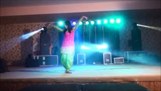 FIZA KHAN performance on BABY DOLL in @ darshi dj from moga