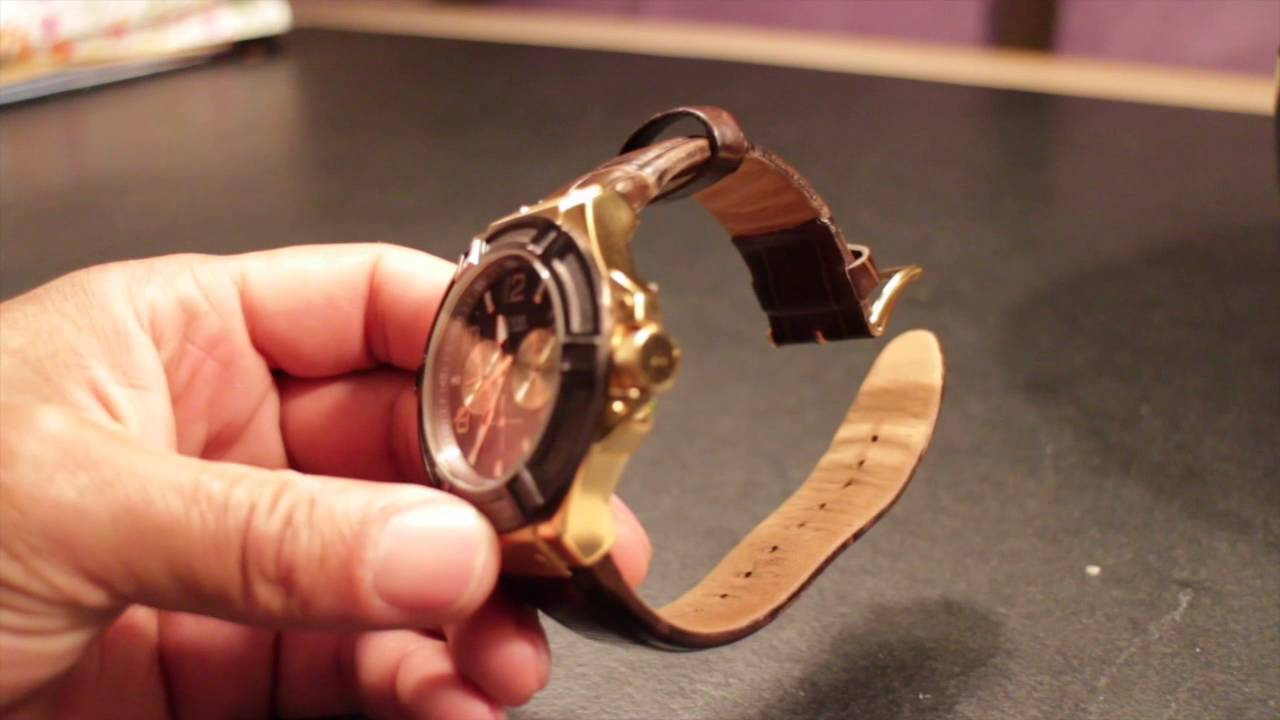 Guess W0040G5   W0040G3 Sport Watches - YouTube 772af2b109e