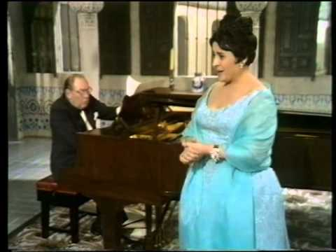 Victoria de los Angeles on TV.De los alamos vengo.1968.London.Rodrigo.Gerald Moore.