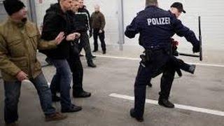 Polizeigewalt Deutschland - Doku Polizei 2015 Demonstranten werden nieder gestreckt