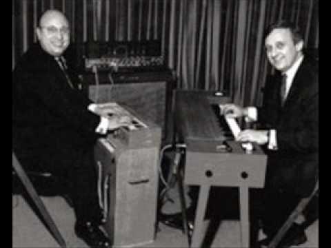 Perrey and Kingsley - Barnyard in Orbit