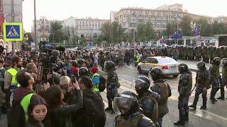 В Москве, на проспекте Академика Сахарова прошел согласованный со столичной мэрией митинг-концерт.