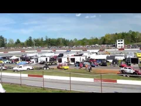 Franklin County Speedway - Callaway, Virginia - Racing action!